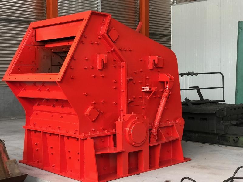 Impact crusher High efficiency crushing equipment