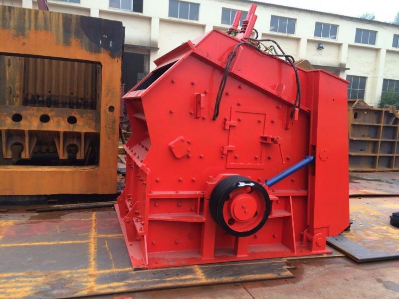 Impact crusher 1214 High efficiency crushing equipment