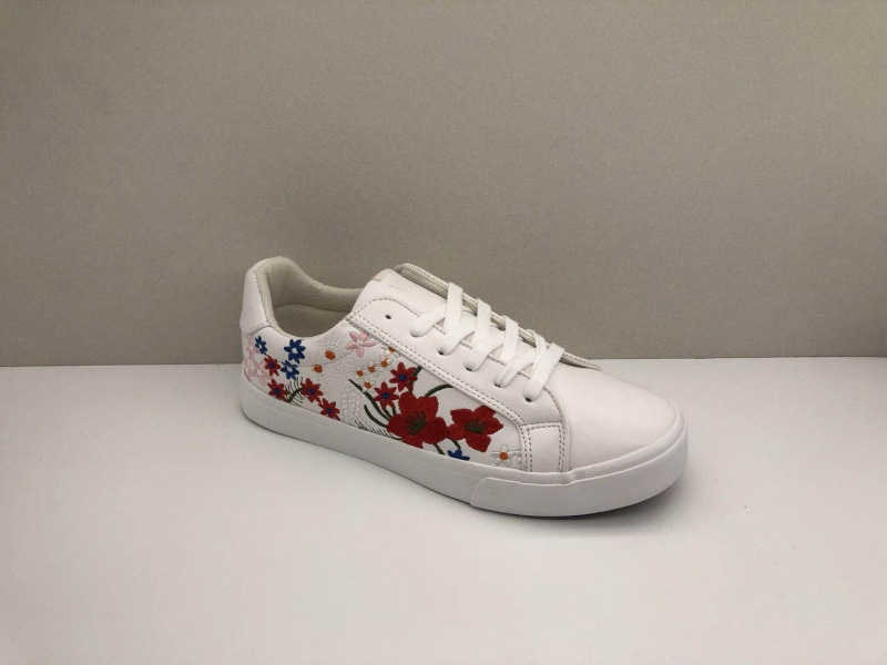 new arrival high fashion school shoes cheap chinese adult shoes canvas shoesZY05