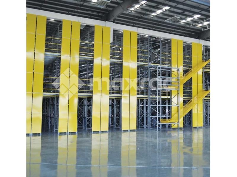 Racking supported mezzanine