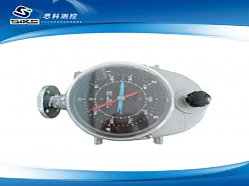 Steel strip float level gauge